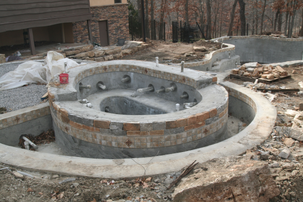 Spa Pool Piping : See the difference in gunite spa construction as it varies